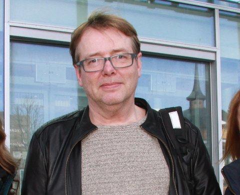 I PERMISJON: Arne Kjell Johanasen er i permisjon med full lønn fra stillingen som seksjonsleder. Dette bildet er tatt av Tromsø kommune i 2015 i forbindelse med at han ble tilsatt i stillingen som da het etatsleder.