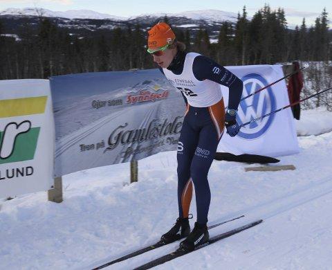 STARTER SOM HAN SLUTTET: Ansgar Evensen fra Vind var suveren i 18-årsklassen i sesongåpningen ved Spåtind Sporthotell.Foto: Geir Norling.