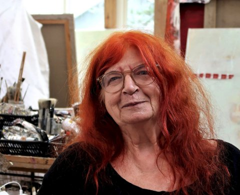 LYSET I NORGE er FOR STERKT: – Jeg vil aldri vise noe jeg ikke kan stå for, sier Haugar-aktuelle Edith Spira. Hun liker det norske landskapet også, men som mellomeuropeer synes hun lyset er for ubarmhjertig. FOTO: SVEN OTTO RØMCKE