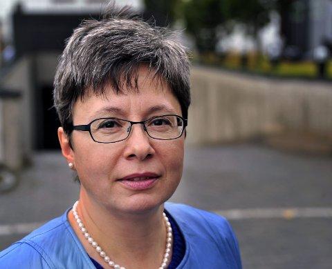 ALVORLIG BEKYMRET: Høyre-politiker Monica Gåsvatn er alvorlig bekymret for helsetilstanden og levekår blant østfoldingene. foto: jarl m. andersen