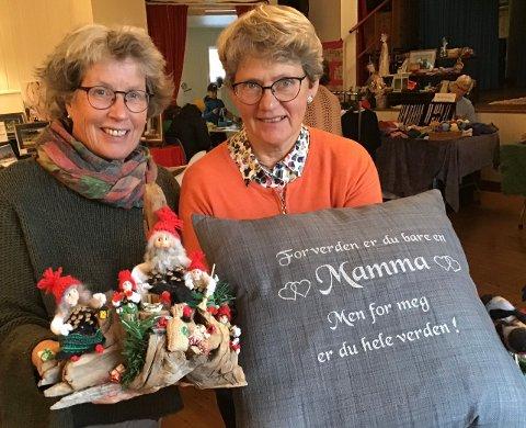 Lise Bergsland og Berit Skjærvold i arrangementskomiteen i Haug Bygdelag var godt fornøyd med utvalget på årets marked.
