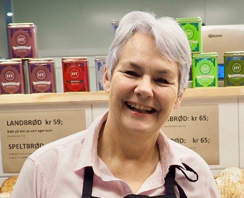 TAKKNEMLIG: Ingrid (Ninni) Mjelde Gran på Gran Søndre forteller at støtten betyr mye for hennes bedrift.