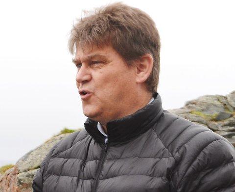 Halvar Rønneberg var nær ved å melde seg ut av Frp, men ønsker nå heller å påvirke partiet til å gjøre gode valg for Andøy. (Foto: Fredrik Sørensen)