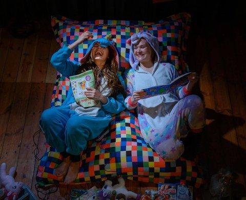 GÅR LIVE: Lykke Kristine Moen og Oda Alisøy opptrer live på Facebook torsdag kveld. Direkte frå heimekontoret!