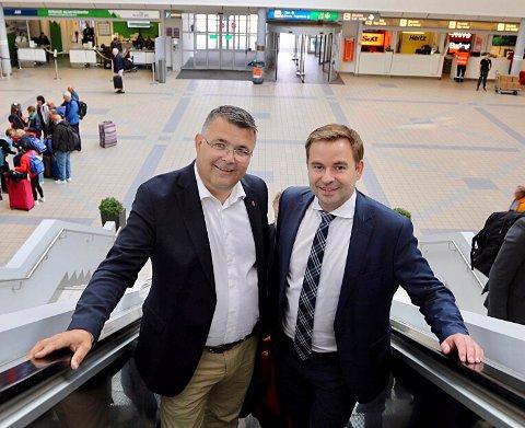 Allan Ellingsen (t.h.) og tidligere minister Kjell-Børge Freiberg har samarbeidet tett.