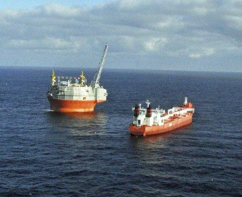 MER AKTIVITET: Det vil bli mer oljeaktivitet utenfor Øst-Finnmark. Derfor ser Petro Arctic østover.