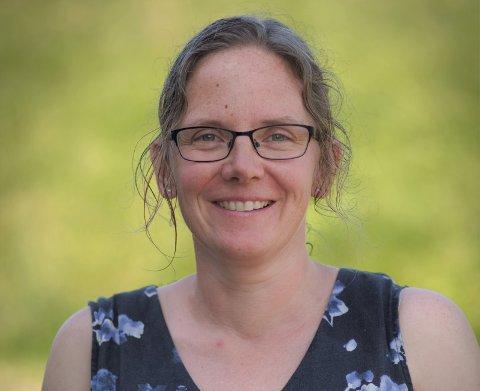 BIDRAR: Anna Bergitte er glad for å kunne bidra til at unge mennesker kan få oppfylt drømmene sine.