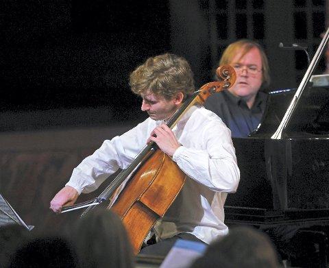 VAKKERT: Cellist Andreas Brantelid og Christian Ihle Hadland på klaver fikk fram nyansene.