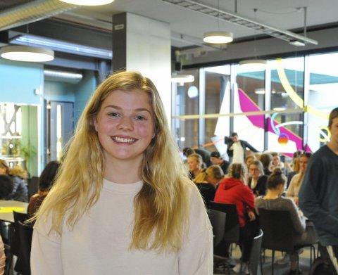 Elevrådsleder: Kristin Schultz forteller at skolen fra nå av skal markere Den europeiske språkdagen årlig.
