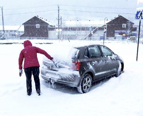 Måking: Vinterleg stemning på Otta. Foto: thomas Tangen