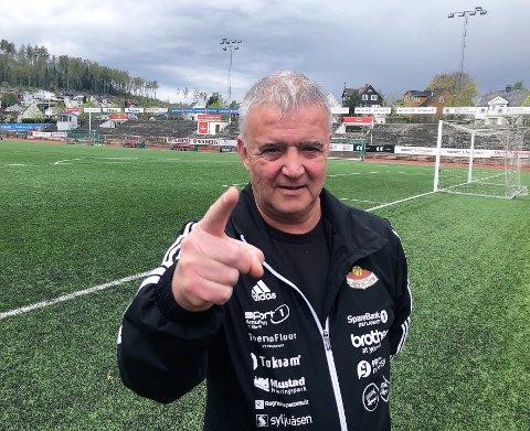 BOIKOTT: Sportslig leder i SK Gjøvik-Lyn, Dag Erland Olsen, oppfordrer sin egen klubb og resten av breddefotballen til å ta i bruk sivil ulydighet for å få spille fotball igjen for voksne over 20 år.