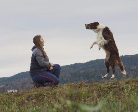 Bra team: Maren og superhundene trener mye og er et godt team. foto: Svein-Ivar Pedersen