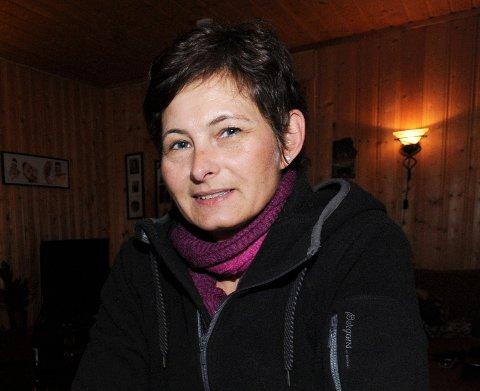 ENGASJERT: Ellen Moen er bosatt på Øvre Nygård, like nedenfor der hvor de unge jentene fant masse avfall ved Nedre Bjertnes.