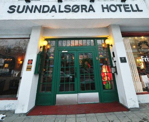 Sunndalsøra Hotell tas ut i streik 17. mai.