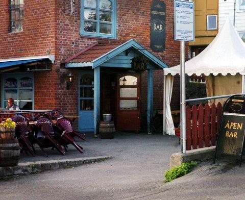 Serveringssteder i Gjøvik iverksatte ytterligere tiltak etter smittevernkontroll 31. juli.