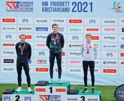 PALLEN: Jakob Ingebrigtsen vant foran Ferdinand Kvan Edman og Mats Hauge 1500 meter under NM i friidrett  på Kristiansand stadion.