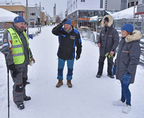 DAGEN DERPÅ: Det var fredag dagen derpå for frivillig Jostein thomassen (fra venstre), arenaansvarlig Jan-Arne Jakobsen, kommunikasjonsansvarlig Trond Anton Andersen og daglig Svanhild Pedersen.