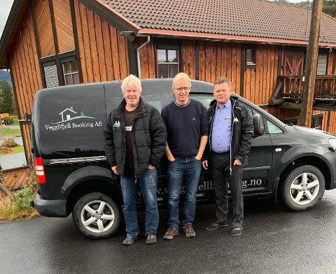 UTLEIE: Vegglifjell Booking starter opp nytt firma i Veggli. Fra venstre: Olav Haugen, Ulrik Hoff og Thor Espen Haugen.