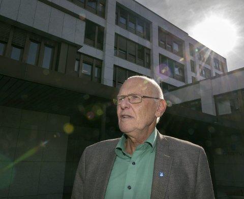 MENINGSFULLT VERV: Ordfører Bjørn Iddberg mener har vært riktig at ordføreren sitter i styret for Industribygg, men nå trer han ut. (Arkivbilde)