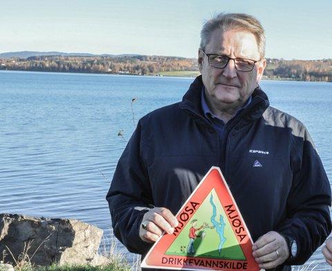 DRIKKEVANN: – Vi må bli mer bevisste på at Mjøsa er en drikkevannskilde, mener Harald Ramfjord.