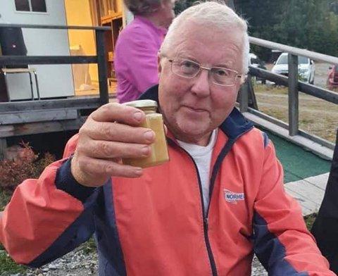DØDE BRÅTT: Han holdt på med det han likte aller best, Jan Aaveren, da han mandag falt om og døde på tur med trimgruppa.