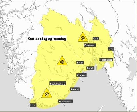 FAREVARSEL: Det er ventet opp mot 12 cm snø i Telemark søndag og mandag.
