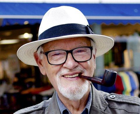 DÅRLIG GJORT: Carl-Erik Grimstad har, i god venstreånd, vært demokratiets, åpenhetens og ytringsfrihetens vaktbikkje på Tjøme.Det burde Paul Grøtvedt også støttet.