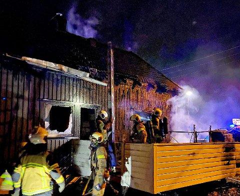 BRANN: Nødetatene rykket ut til Semsbyveien natt til torsdag.