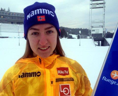 Ingen konkurranser: Ingebjørg Saglien Bråten fra Etnedal skilag og de andre norske hopperne kom ikke i gang med vintersesongen.