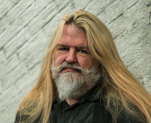 ETTERVIRKNINGER: Finn Hjalmar Pedersen merker kraftige ettervirkninger av korona, en måned etter sykdommen.