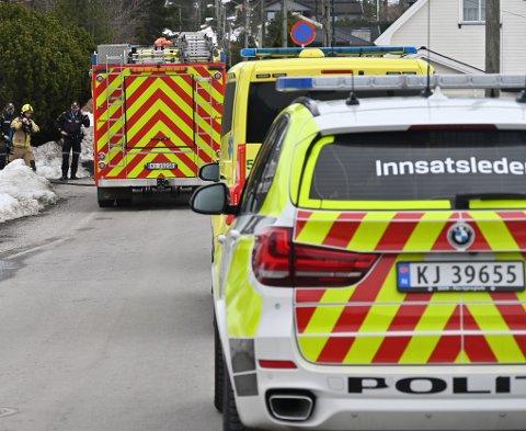 Nødetatene rykket ut torsdag etter melding om røykutvikling i Krokstadelva.