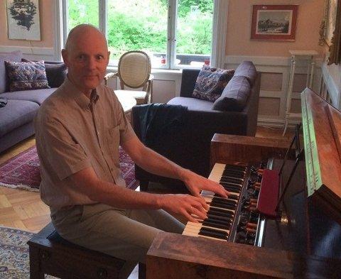 ORGANIST: Organisten Anders Hovind spiller i Mariakirken førstkommende søndag.