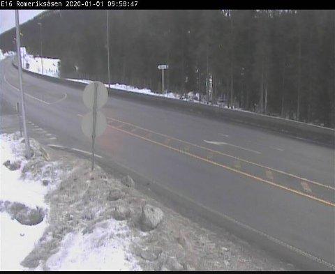 KALDEST: Det er langs E 16 på Romeriksåsen det meldes om lavest temperatur onsdag formiddag. Her er det i følge Statens vegvesens trafikkstasjon 1,3 kuldegrader klokka ti.