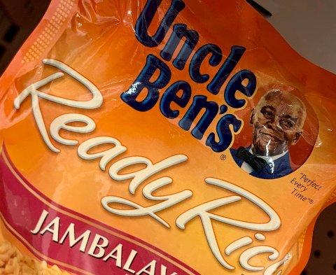 I 2007 fikk Uncle Ben's-logoen et klesskift og gikk fra å være servitør til å være en styreformann. Foto: Eva HAMBACH / AFP