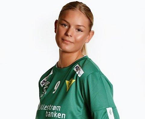 BYTTER KLUBB: Mie Rakstad fra Fosser fortsetter sin toppsatsing på håndball. Til høsten spiller hun for Larvik og skal kombinere satsingen med studier.