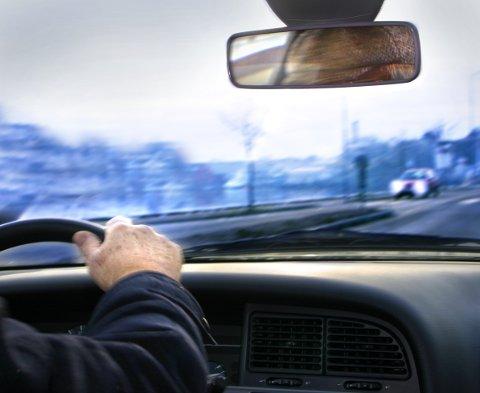 PROMILLETATT: Mannen fra Elverum drakk øl mens han kjørte nordover E6, men ble raskt stoppet av politiet i Rennebu. Da blåste han til 2,3 i promille.