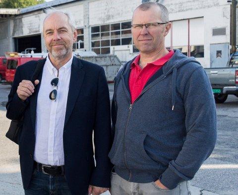 MULIG LØSNING: Jan Helge Østlund og Per Olav Rolund håper Samferdselshistorisk senter kan få leve videre på eiendommene i Asbjørnsens gate.