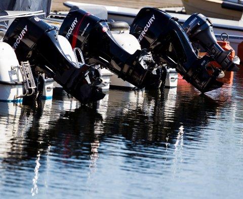 FORSVINNER FORT: Båtmotorer er lettere å få med seg enn båter, og det er store verdier som blir stjålet.