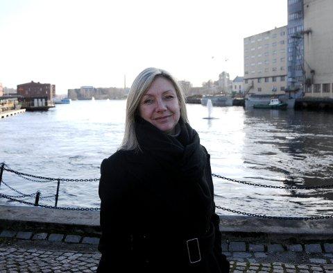 LØSNINGSORIENTERT: Leder for helseutvalget i Skien kommune, Trine Almenning, mener en forsterket hjemmetjeneste kan være en løsning på utfordringene.