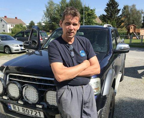BYTTET TILBAKE: Stig Joar Hermann fra Snåsa byttet tilbake fra elbil til dieselbil. – Hvis det kommer en elbil med rekkevidde rundt 100 mil kan jeg vurdere det igjen, sier han.