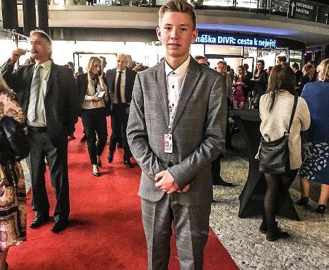 Magnus Søberg, på rød løper på filmfestival i Tsjekkia.