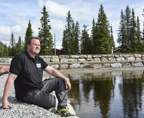 Irritert på studietur: Kristian Medalen er skuffet over at kommunens representanter deltar på studietur til Trysil og Sjusjøen for å lære om turisme samtidig som det står en halvferdig tursti og venter på Haglebu.