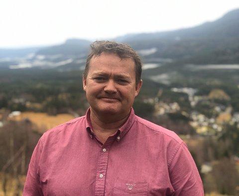 KRITISK: Frode Borge fra Eggedal er en av dem som er kritisk til de omfattende koronatiltakene i Norge, og mener at tiltakene på lang sikt er mer skadelige enn konsekvensene av viruset.