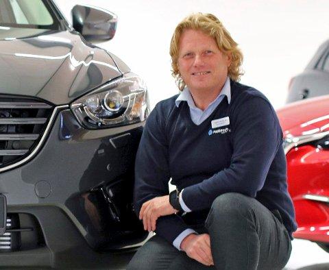 LANG VENTETID: Trond Fagerthun i Fagerthun bil AS ønsker ikke å kommentere egen inntekt i skattelistene for 2019, men sier at for bilforetningen ble året preget av lang ventetid og store investeringer i nytt lokale.