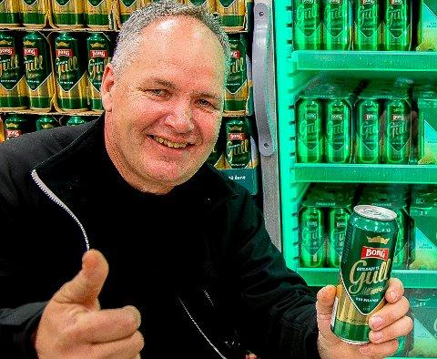 OPPTUR: Det økte salget av Borg-øl er en opptur for fabrikksjef Morten Brostrøm i en ellers vanskelig tid med stengte kraner i utelivsbransjen.