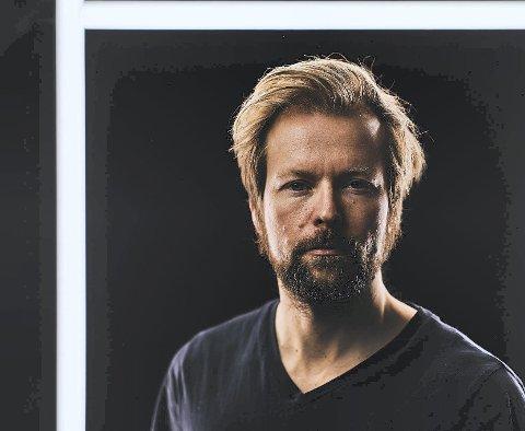 NY LÅT: Terje Nordgarden fra Hamar har brukt pandemien til å lage låter, men savner veldig å få spille dem på konserter. Fredag kommer han med singelen «Last breath» og innen et års tid regner han med å ha et album klart. Dette er ikke noe han stresser med i disse tider.
