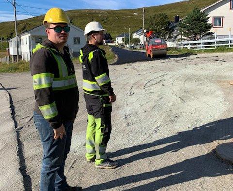 Leder for Uteseksjonen i Nordkapp kommune, skryter av arbeidet som er gjort på de kommunale veiene i Nordkapp.
