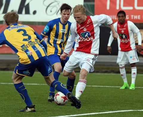 GLAPP: Ting så meget bra ut for KFUM/Oslo da Emil Ekblom satte inn 2-1, men den gang ei.