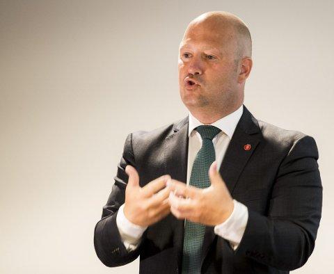 Vurderer endring: Justis- og beredskapsminister Anders Anundsen (Frp) vurderer å endre loven slik at det blir lettere å inndra formuesobjekter fra kriminelle uten å reise straffesak. Foto: Berit Roald / NTB scanpix