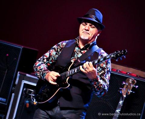 FØRSTE: Frank Gambale er første gitarist som er klar for Larvik Guitar Festival 2020.